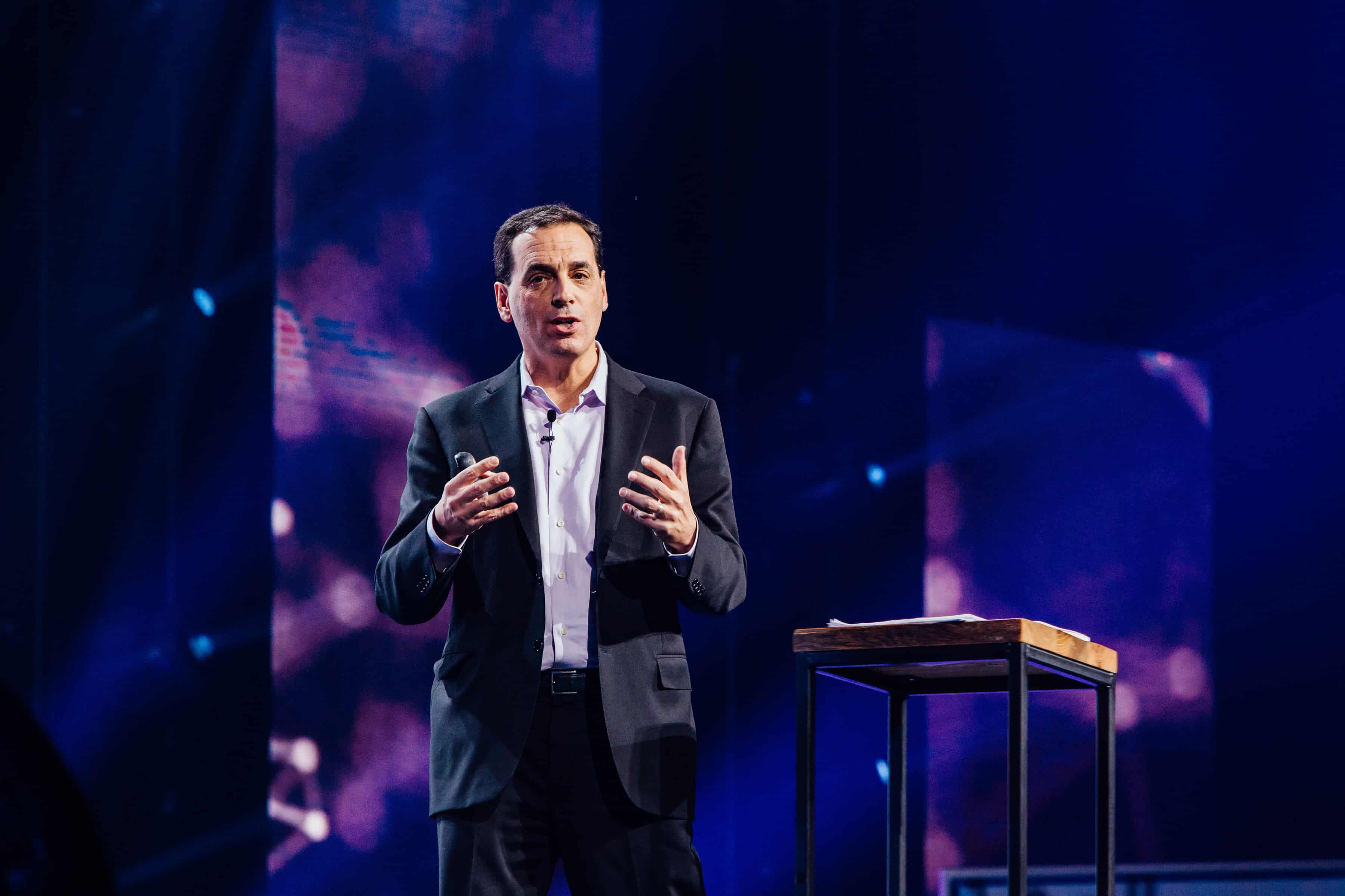 Leadership lessons from Daniel Pink