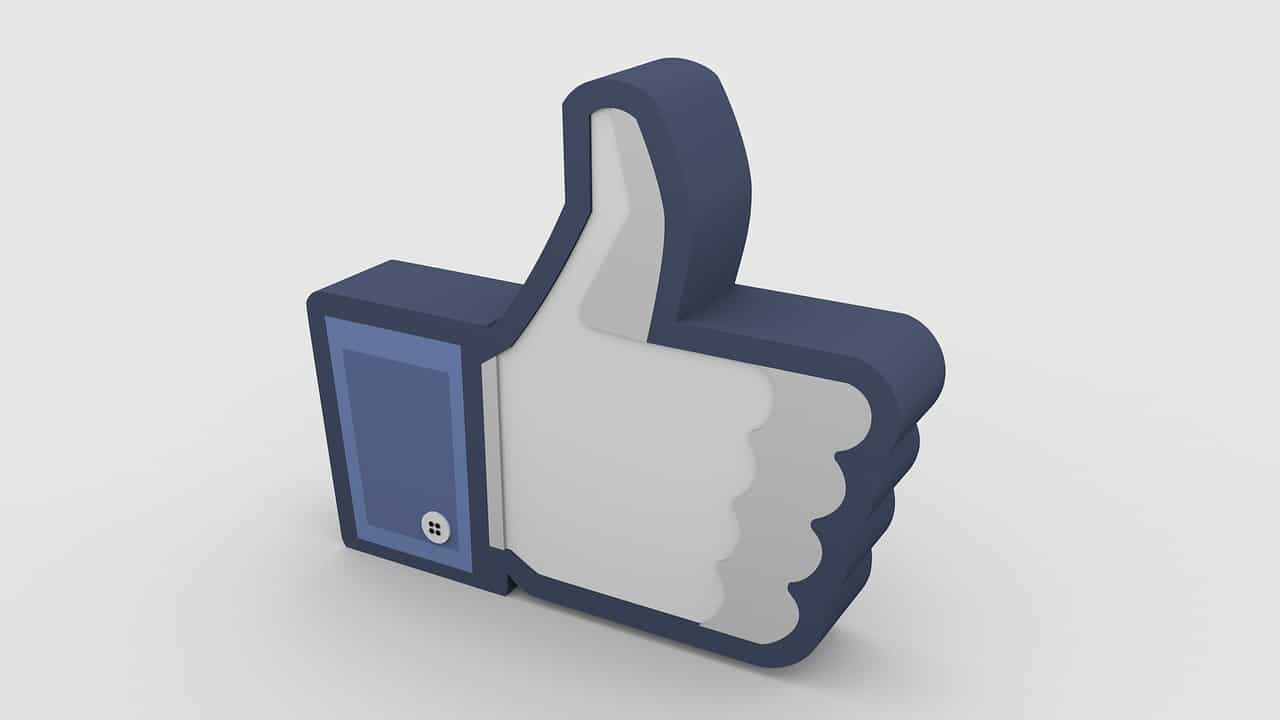 Facebook thumbs up symbol
